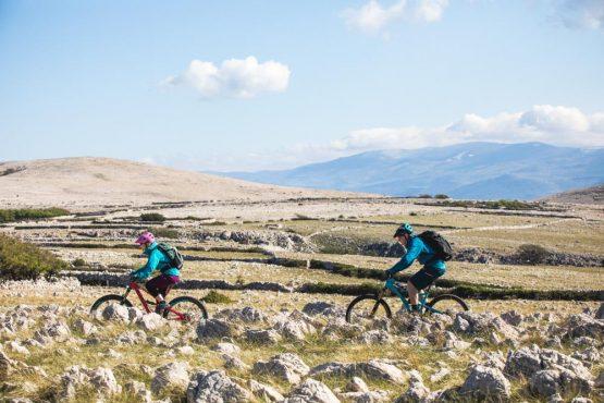 Rocky landscapes Istria, mountain bike tour Croatia