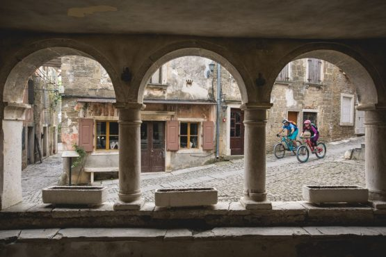 Bikers in Grožnjan, mountain bike tour Croatia