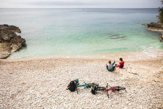 Bikers on the beach in Istria, mountain bike tour Croatia