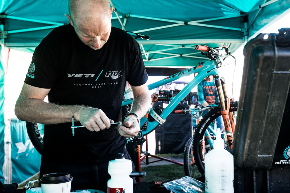 Colorado - Yeti Bike mechanic