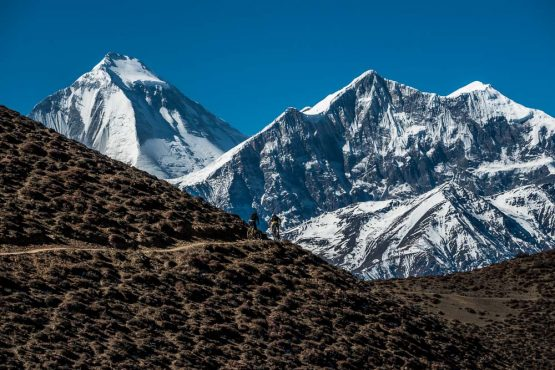 Mountain bike tour Nepal - steady climbing