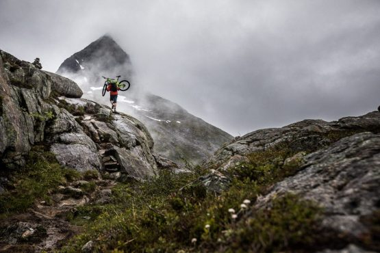 Mountain bike tour Norway - hike-a-bike