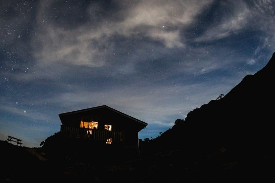 Night skies during our stay in the Ghost lake hut - Mountain bike tour New Zealand