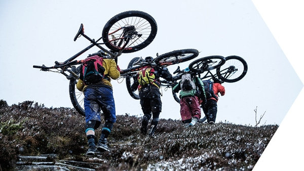 How to pack your bike, mountain bikers in Scotland