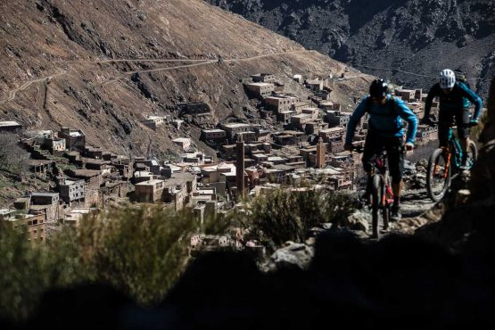 Riding high above mountain towns on our MTB vacation in the High Atlas