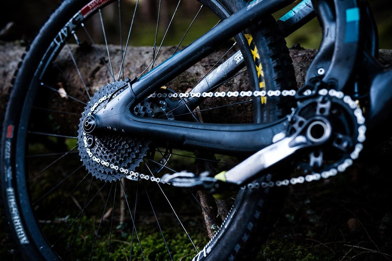 Single speeding in our best mountain bike trailside fixes