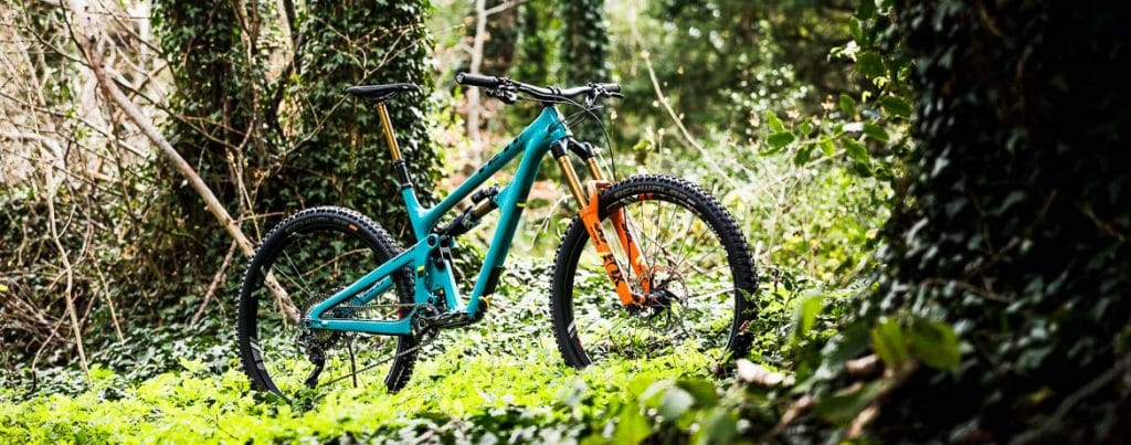 A custom built Yeti SB150 dream build for H+I Adventures mountain bike tours.
