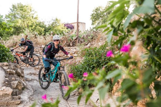 Mountain bike tour Spain - weaving through the whitewash villages