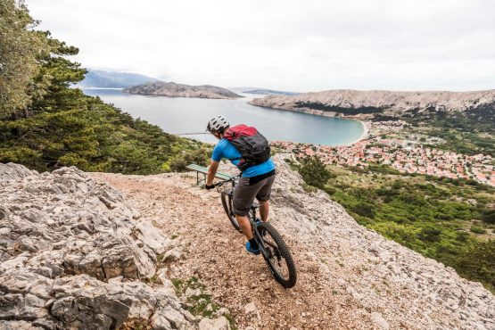 E-MTB tour of Croatia loose gravel descent