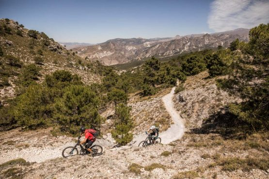 E-MTB tour of Spain with long climbs