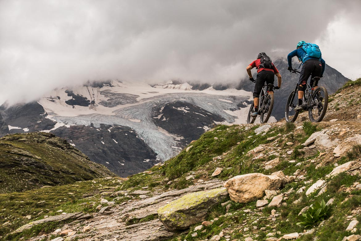 Heading into the mountains on a E-MTB Tour In Switzerland in photos