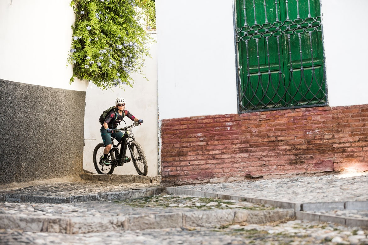 Mountain bike tours - E-MTB Tours