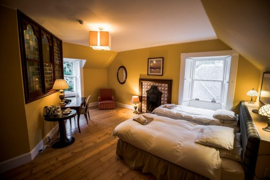 Mountain bike tour Highland Odyssey Scotland accommodation