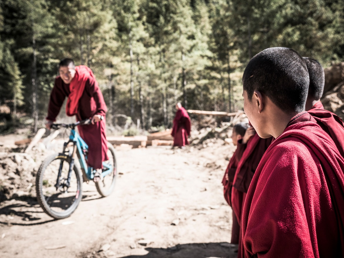 Mountain bike tour Bhutan local culture