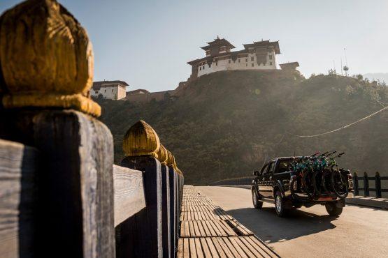 Mountain bike tour Bhutan shuttling to the trails