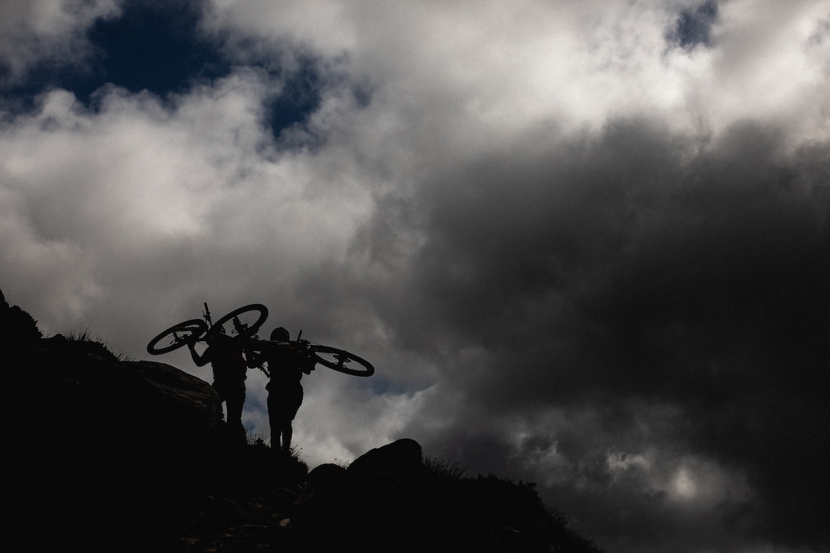 Tracy Moseley + Manon Carpenter hike-a-biking in Scotland