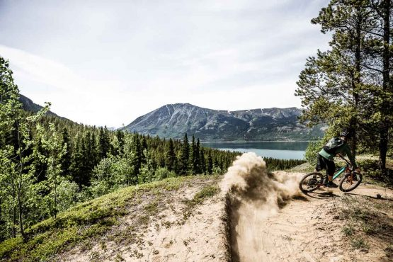 Mountain bike tours in the Yukon