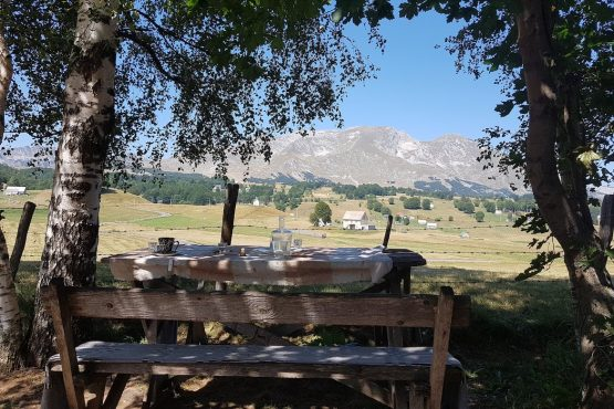 Picturesque lunch time stops, E-MTB Tour Montenegro