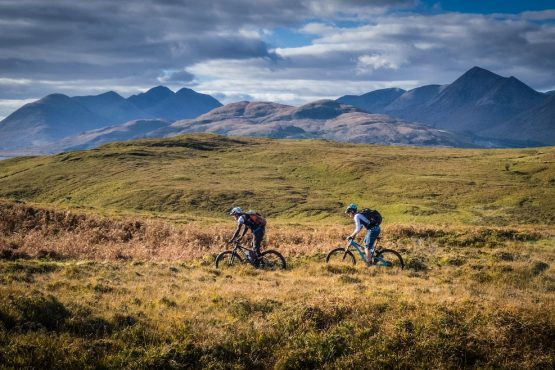 Riding across the moorland, MTB tour Skye + Raasay